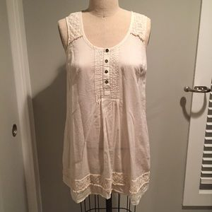 Anthropologie ivory tunic with lace